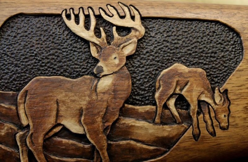 Roger Wolford gun stock carving - Close up White Tail deer